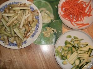 Баклажаны по-китайски в кляре - фото шаг 1