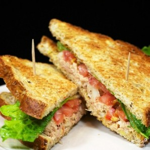 Сэндвичи с салатом из тунца - фото шаг 13