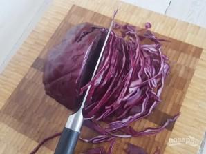 Салат с капустой и яблоком - фото шаг 2