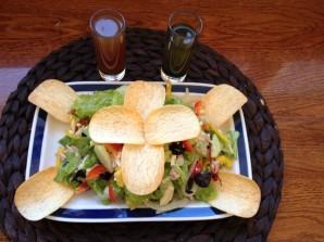 Диетический салат с тунцом - фото шаг 3