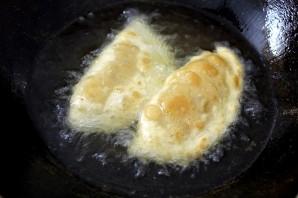 Пирожки, жареные в масле - фото шаг 12