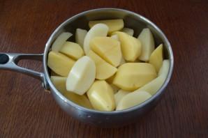 Гуляш из индейки с картошкой - фото шаг 1