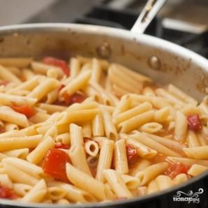 Паста с беконом и помидорами  - фото шаг 9