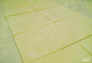 Слоеные конвертики с творогом - фото шаг 3
