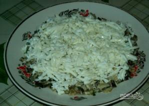 Салат с рыбными консервами - фото шаг 5
