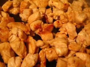 Пирог с лисичками и курицей - фото шаг 4