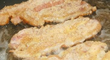 Шницель из свинины в мультиварке - фото шаг 2