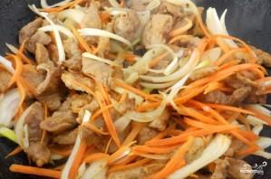 Теплый салат со свининой и овощами - фото шаг 4