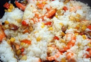 Рис с креветками и овощами - фото шаг 3