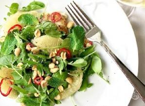 Салат из куриной грудки и помело - фото шаг 7