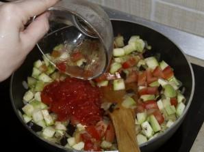 Овощной рататуй, рулетики из омлета и облепиховый морс - фото шаг 4
