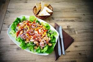 Овощной салат с филе сельди - фото шаг 6