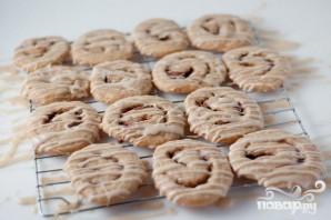Печенье с корицей и кофейной глазурью - фото шаг 8