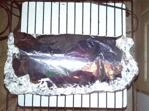 Карп, запеченный в фольге с грибами и картофелем - фото шаг 7