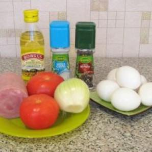 Яичница с помидорами и ветчиной - фото шаг 1