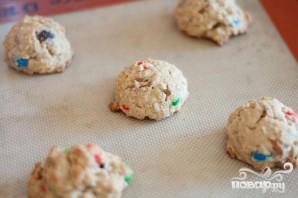 Печенье с изюмом, орехами и M&M's - фото шаг 3