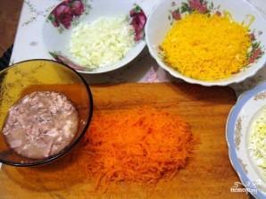Салат из печени трески слоями - фото шаг 3