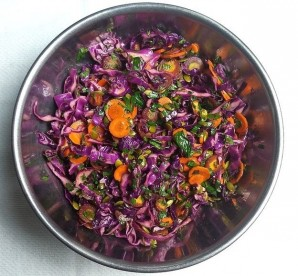 Салат из свежей капусты с уксусом - фото шаг 5