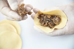 Манты с грибами - фото шаг 6