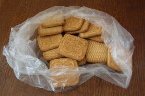 Колбаска из печенья и какао - фото шаг 1