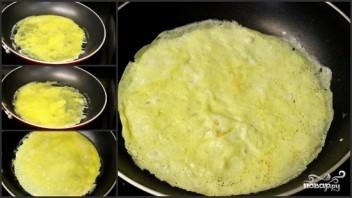 Салат с курицей и блинчиками - фото шаг 4