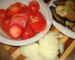 Свинина, запеченная с баклажанами в духовке - фото шаг 3