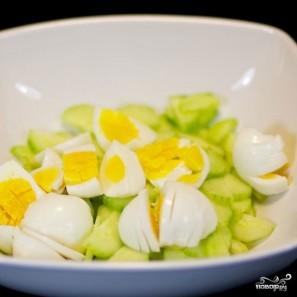 Салат из черемши с яйцом - фото шаг 3