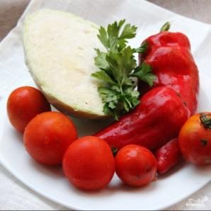 Витаминный салат из капусты - фото шаг 1