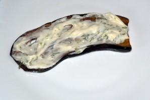 Рулеты из баклажанов с чесноком - фото шаг 4