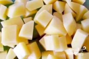 Картофель тушеный с кабачками - фото шаг 1