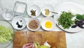 Салат с тунцом простой - фото шаг 1