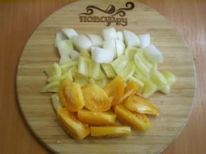 Курица, тушенная с овощами в духовке - фото шаг 3