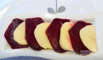 Салат со свеклой и яблоком - фото шаг 3