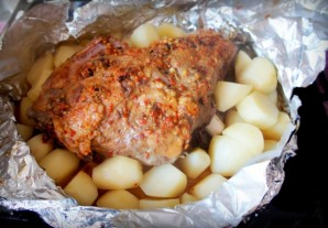 Баранина, запеченная с картофелем   - фото шаг 7