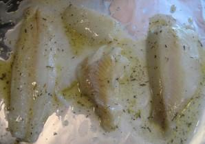 Рыба, запеченная в сливочном соусе - фото шаг 2