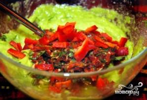 Гуакамоле из авокадо - фото шаг 4