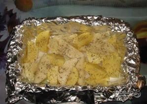 Куриная голень с картошкой в духовке - фото шаг 2