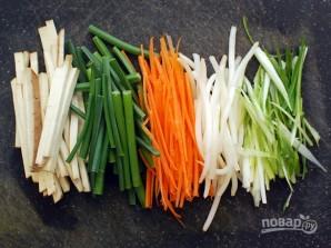 Чау-мейн с овощами - фото шаг 1