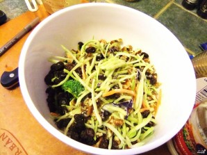 Салат из свежей брокколи - фото шаг 5