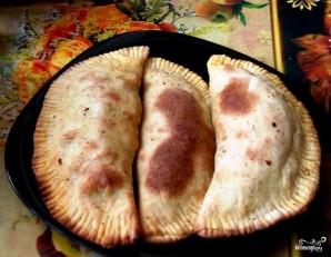 Печеные чебуреки в духовке - фото шаг 4