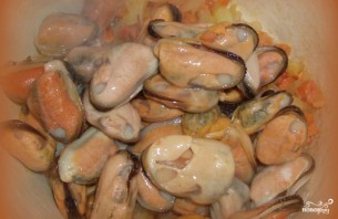 Мидии под сливочным соусом - фото шаг 6