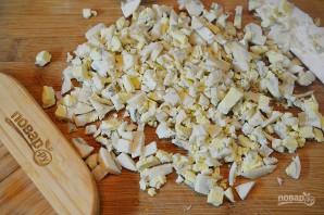 Крабовый салат 8 марта - фото шаг 4