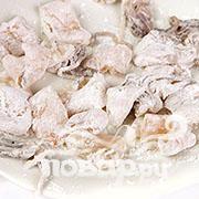 Хрустящие кальмары с рисом - фото шаг 4