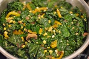 Салат с грибами и кукурузой - фото шаг 4