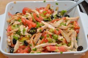 Салат с помидорами и курицей - фото шаг 4
