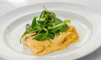 Французский омлет с сыром - фото шаг 8