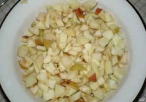 Шарлотка с яблоками и грушами - фото шаг 1