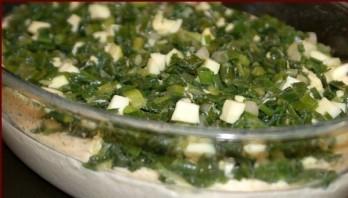 Быстрый (заливной) пирог с зелёным луком и яйцом - фото шаг 3