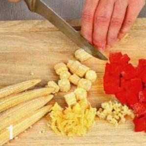 Суп куриный с кукурузой  - фото шаг 1