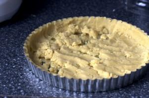 Песочный пирог с вареньем - фото шаг 3